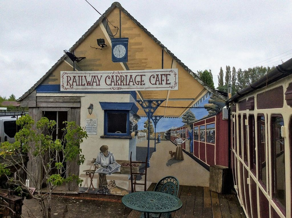 Pip's Railway Carriage Café